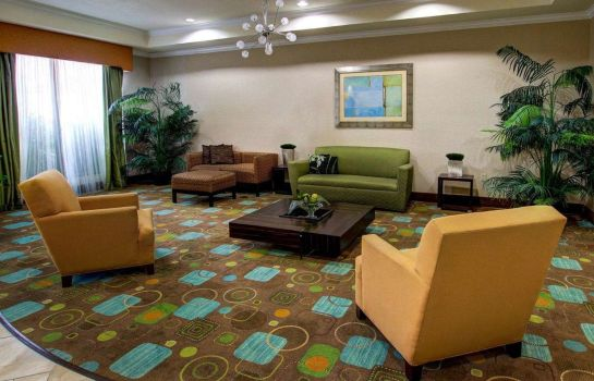 Hall Rodeway Inn and Suites Hillsboro