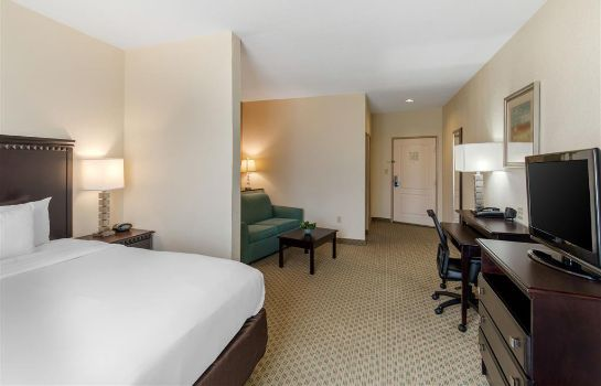 Suite Rodeway Inn and Suites Hillsboro