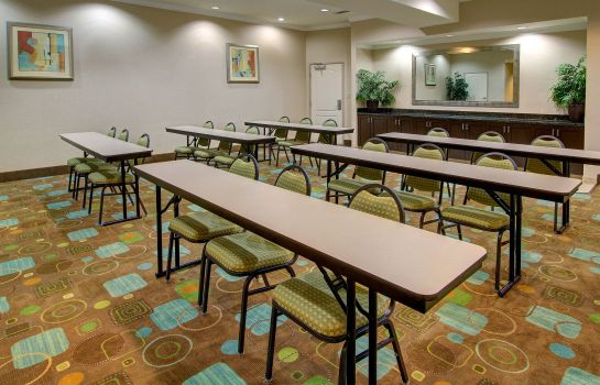 Conference room Rodeway Inn & Suites Hillsboro