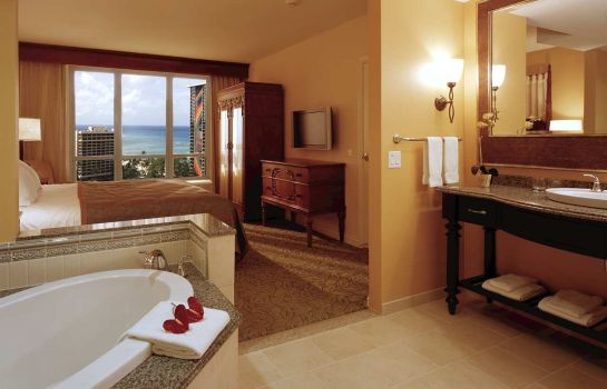 Suite Grand Waikikian by Hilton Grand Vacations