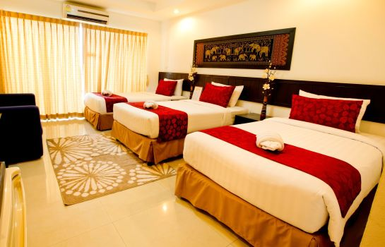 Chambre triple Sinsuvarn Airport Suite