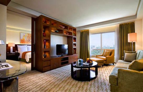 Suite Manila Marriott Hotel