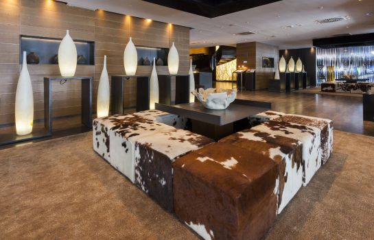 Hotelhalle Hotel AC Baqueira Ski Resort Autograph Collection