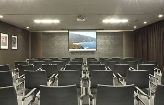 Conference room Hotel AC Baqueira Ski Resort Autograph Collection