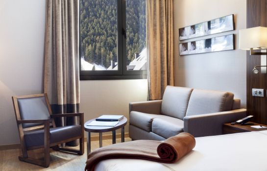 Room Hotel AC Baqueira Ski Resort Autograph Collection