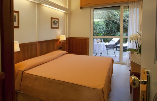 Double room (superior) Vis a Vis