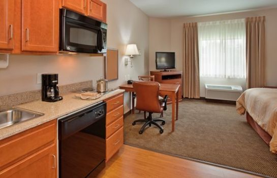 Suite Candlewood Suites KANSAS CITY AIRPORT