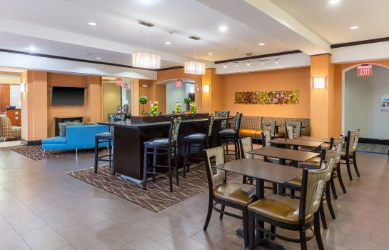Restaurant Holiday Inn Express & Suites DALLAS W - I-30 COCKRELL HILL
