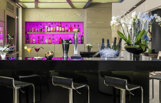 Bar del hotel Hotel H10 London Waterloo