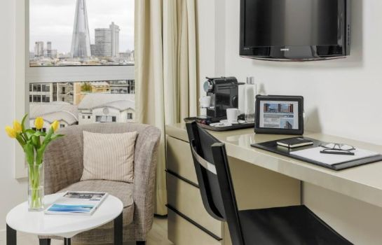 Zimmer Hotel H10 London Waterloo