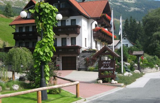 Exterior view Hotel Martin a Kristyna