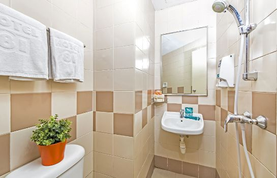 Bathroom Hotel 81 Geylang
