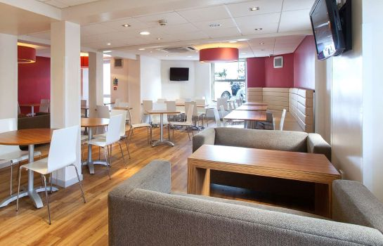 Hotel bar TRAVELODGE BOURNEMOUTH SEAFRONT