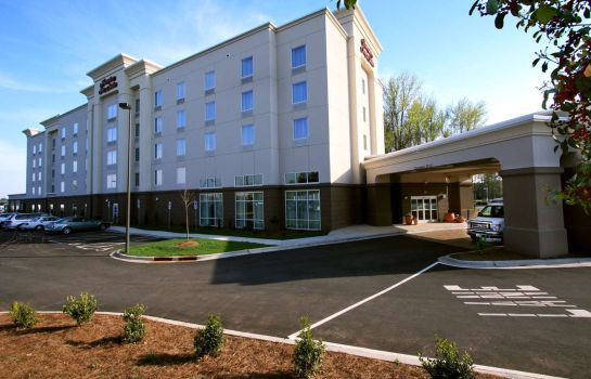 Exterior view Hampton Inn - Suites Charlotte-Airport