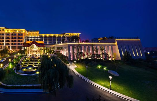 Widok zewnętrzny Huaqing Aegean International Hot Spirngs Resort & Spa