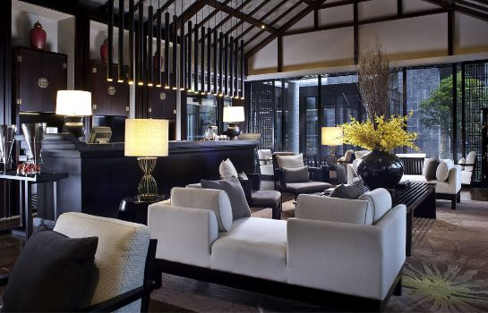 Bar hotelowy Pullman Lijiang Resort & Spa