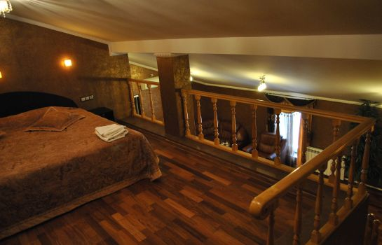 Suite Xitrovka Hotel
