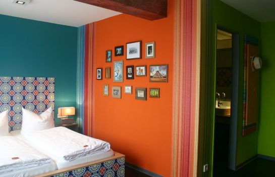 Chambre double (confort) food hotel