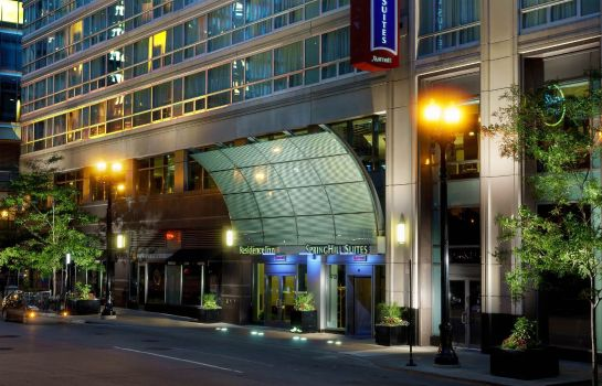 Buitenaanzicht SpringHill Suites Chicago Downtown/River North