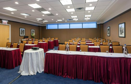 Conference room SpringHill Suites Chicago Downtown/River North