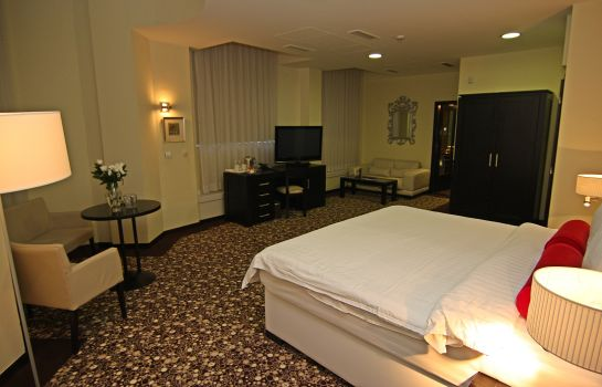 Junior Suite Luxury Boutique Hotel Central