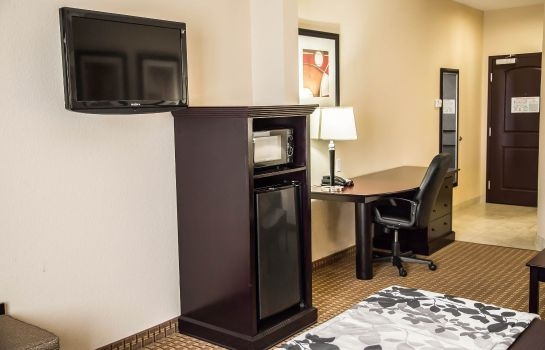 Suite Sleep Inn and Suites University