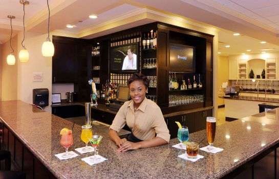 Bar de l'hôtel Hilton Garden Inn Atlanta Airport North