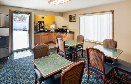Restaurant RODEWAY INN AND SUITES AUSTIN