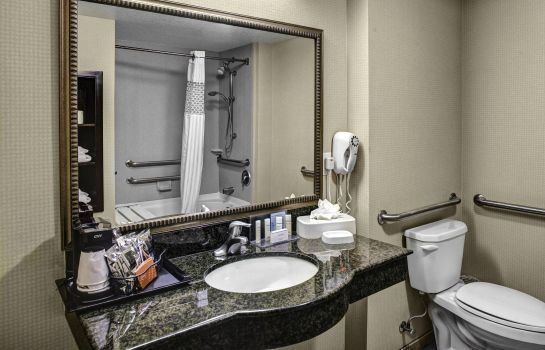 Zimmer Hampton Inn and Suites-Bakersfield-Hwy 58 CA