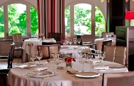Restaurant The Originals Collection Les Frères Ibarboure (ex Relais du Silence)