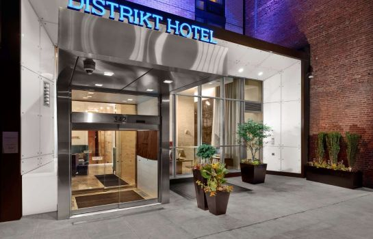 Exterior view Distrikt Hotel New York City Tapestry Collection by Hilton