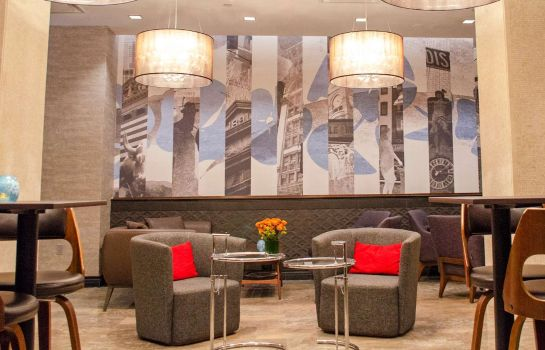 Hol hotelowy Distrikt Hotel New York City Tapestry Collection by Hilton