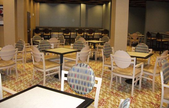 Restaurant Embassy Suites by Hilton Birmingham Hoover