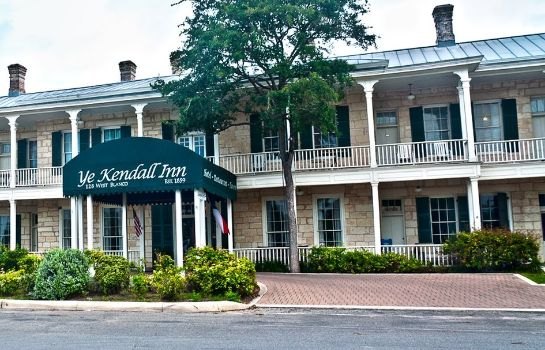 Exterior view YE KENDALL INN CONFERENCE CENTER AND SPA