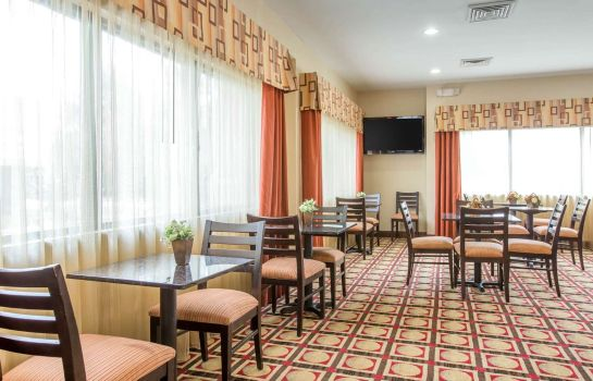 Restaurant Comfort Suites Golden Isles Gateway