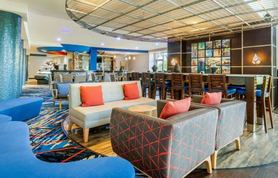Hall Cambria Hotel Ft Lauderdale Airport