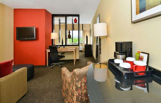 Suite Airport South & Cruise Port Cambria Hotel Ft Lauderdale