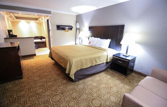 Suite Econo Lodge Inn & Suites Fallbrook Downtown