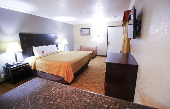 Kamers Econo Lodge Inn & Suites Fallbrook Downtown