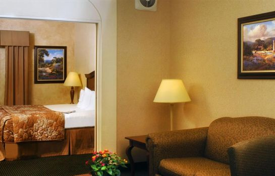 Suite INN ON BARONS CREEK