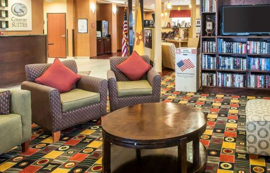 Lobby Comfort Suites Gallup