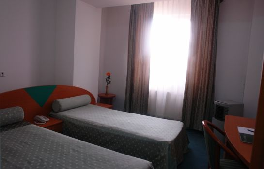 Double room (standard) Sir Colentina