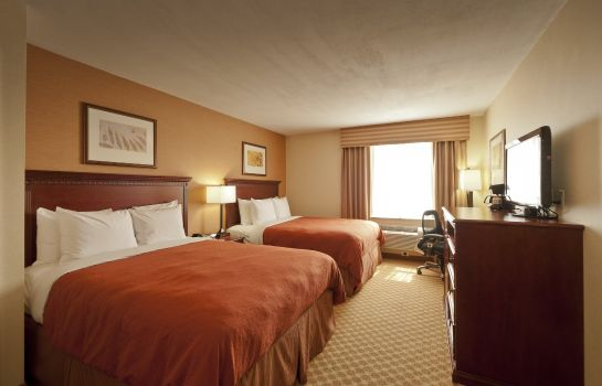 Kamers Country Inn and Suites New York City at Queens