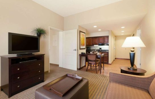 Camera Homewood Suites by Hilton Minneapolis-StLouis Park at West