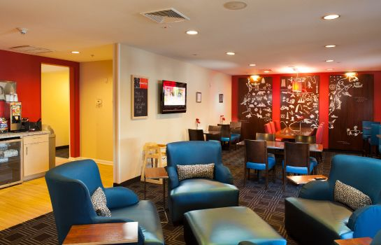 Hotelhalle TownePlace Suites Savannah Airport
