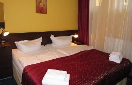 Double room (standard) Royal Plaza