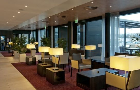 Hotelhalle Holiday Inn Express ZÜRICH AIRPORT