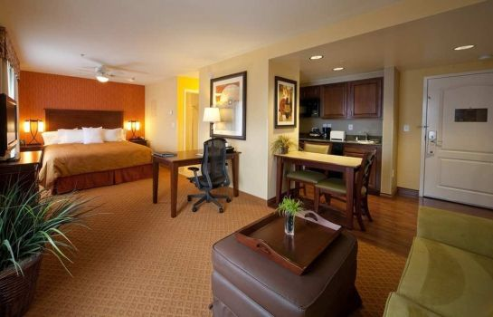 Suite Homewood Suites by Hilton Denver International Airport
