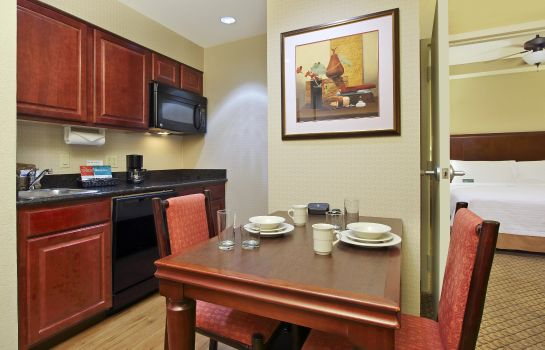 Hotel-Bar Homewood Suites by Hilton Miami - Airport West