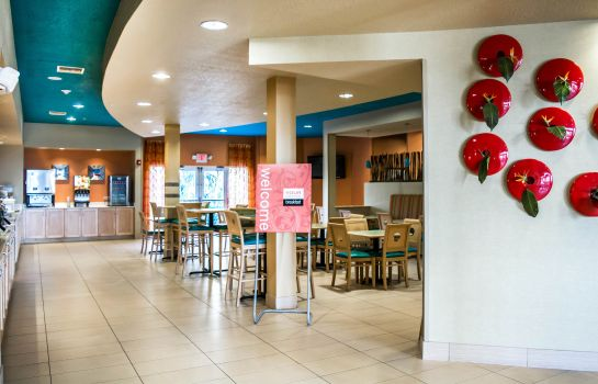 Restaurant Comfort Suites At Fairgrounds-Casino